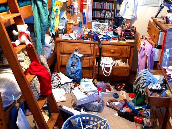 15 Fantastic Reasons to Clear Out Clutter at Home 2