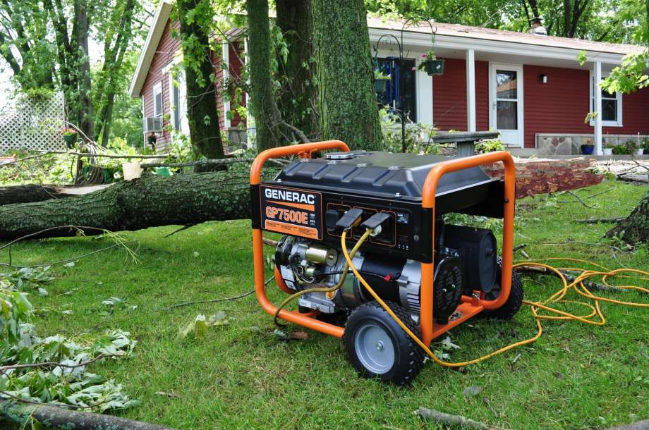 Why You Should Get A Generator in the Case of A Hurricane or Earthquake 1